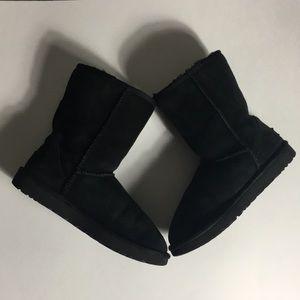 UGG • Classic Black Boots